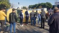 Yolcu Minibüsünün Yasak 'U' Dönüşü Faciası Açıklaması 6 Yaralı