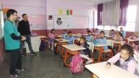 Burhaniye'de Okulda Kedilere Kulübe Yapılırken, Aşıları Da Yaptırıldı