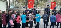 Öğrenciler Jandarmayı Ziyaret Etti