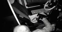 MİNİBÜS ŞOFÖRÜ - (Özel) Minibüsçülerin Korkulu Rüyası Hırsız Kamerada