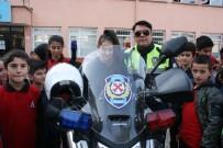 YUNUS TİMLERİ - Polisler Öğrencilerle Bir Araya Geldi