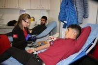Şenlik İçinde Kan Bağışında Bulundular