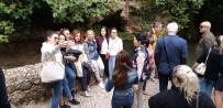 Sındırgı Yabancı Turistlerin İlgisini Çekiyor