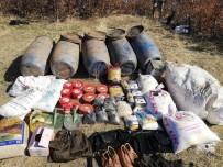 PLASTİK PATLAYICI - Bitlis'te PKK'ya Ait Patlayıcı Ve Gıda Malzemesi Ele Geçirildi