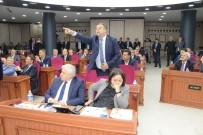 MECLİS BAŞKANLIĞI - Büyükşehir Belediye Meclisinde Gerginlik