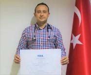 DIPLOMASı - Doç. Dr. Hasan Güngör, FIFA'nın Resmi 'Futbol Doktoru' Oldu