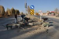 KALDIRIMLAR - Erciş Belediyesinden Hummalı Çalışma