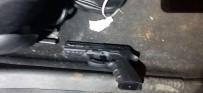 Jandarmayı Görüp Kaçmaya Çalışan Araçtan Uyuşturucu Çıktı