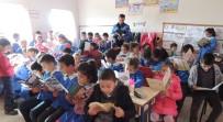 Kars'ta Polis Öğrencileri Bilgilendirdi