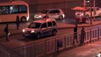 (Özel) Polisten Kaçan Şahıs, Metrobüs Yolunda İzini Kaybettirdi