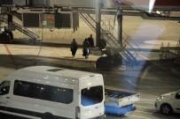 KADIN TERÖRİST - Alman Vatandaşı DEAŞ'lı İki Kadın Terörist Ülkelerine Gönderildi