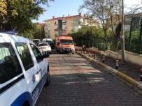 Bakırköy'de Ölü Bulunan 1'İ Çocuk 3 Kişinin Cesetleri Adli Tıp Kurumunda