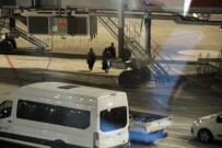 KADIN TERÖRİST - DEAŞ'lı İki Kadın Terörist Ülkelerine Gönderildi