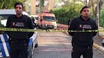 GÜNCELLEME - Bakırköy'de 3 Kişi Evde Ölü Bulundu