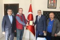 Başkan Bozkurt'a Onursal Üyelik Plaketi