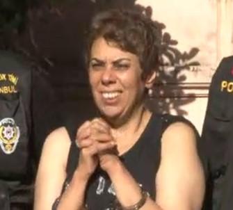 Karaköy'de Başörtülü Kızlara Saldıran Kadına Tutuklama İstemi