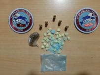 Polis Ekiplerinin Şüphelendiği Araçtan Uyuşturucu Madde Çıktı