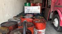 MADENİ YAĞ - Depo Baskınında 10 Bin Litre Kaçak Madeni Yağ Ele Geçirildi