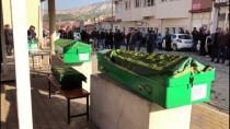 Karabük'teki Kazada Ölen Aynı Aileden 4 Kişinin Cenazeleri Burdur'da Toprağa Verildi