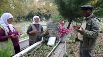 SIYAH BEYAZ - 'Ölümsüz Sevginin' Fotoğrafı Çeyiz Sandığında