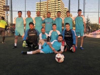 Ankara'daki Yozgatlılar, Köyler Arası Futbol Turnuvasında Kıyasıya Mücadele Etti