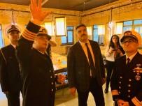 DONANMA KOMUTANI - Rektör Çomaklı, Doğu Akdeniz 2019 Tatbikat Bölgesini Ziyaret Etti