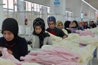460 Kişi, İlçede Açılan Tekstil Atölyeleriyle İş Sahibi Oldu