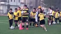 Bakana Yazdığı Mektupla Futbol Oynama Hayaline Kavuştu