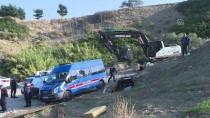 Murat Kurum - Karaburun'daki Sit Alanına Yapılan İnşaatta Yıkım Başladı