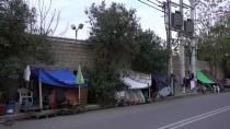 EZİLME TEHLİKESİ - Yunanistan'da Kamp Dışındaki Düzensiz Göçmenler Yaşam Mücadelesi Veriyor