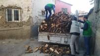 Elazığ'da Kış Öncesi Ailelere Odun Yardımı