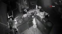 CEVIZLI - Maltepe'de Hırsızlık Yapan Şahıs Polis Tarafından Yakalandı