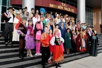 Vali Su, Narenciye Festivali'ndeki Gösteri Gruplarıyla Bir Araya Geldi