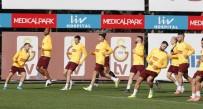 RYAN BABEL - Galatasaray'da Lemina takımla çalıştı