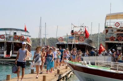 Muğla turist rekorunu kırmaya hazırlanıyor