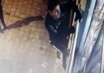 'Örümcek Adam' Gibi Hırsızlar Güvenlik Kamerasından Kaçamadı