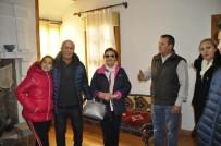 VEYSEL EROĞLU - Emine Erdoğan'ın Kardeşi Hasan Gülbaran Ve Ailesinden Atatürk Evi'ne Ziyaret