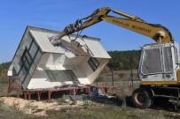 Turizm Merkezi Kaçak Yapılardan Temizlendi