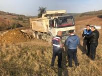 Bursa'da Kaçak Hafriyat Döken Kamyona 72 Bin Lira Ceza