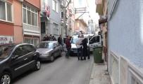 Camiye Gitmek İçin Evden Çıkan Yaşlı Adam Merdivenlerden Düşerek Hayatını Kaybetti