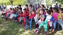 BEŞPıNAR - Diyarbakır'ın Köylerindeki Çocukları Piyano Ve Gitarla Buluşturuyorlar
