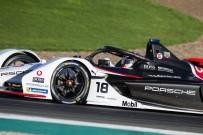 MADENİ YAĞ - Elektrikli Otomobil Yarışlarına Mobil Katkısı