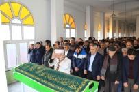 CUMHUR ÜNAL - Karabükspor'un Eski Başkanı Ziya Ünsal Son Yolculuğuna Uğurlandı