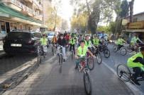 BİSİKLET TURU - Sındırgı'da Çocukların Bisiklet Turu
