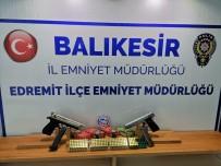 Balıkesir'de 21 Aranan Şahıs Yakalanırken 6 Silah Da Ele Geçirdi