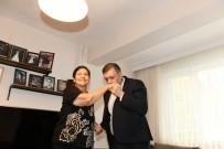 Başkan Bozkurt'tan İlkokul Öğretmenine Sürpriz Ziyaret
