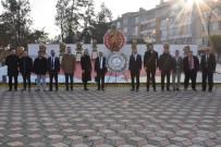 İnönü'de Öğretmenler Atatürk Anıtı'na Çelenk Koydu