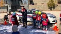 Jandarmadan Çocuklara Trafik Eğitimi