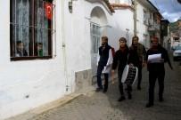 ÖZGECAN ASLAN - Muğla Sokaklarında 'Kadına Şiddete Hayır' Fermanı