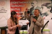 Vali Sonel'den 24 Öğretmene Barcelona Gezisi Jesti